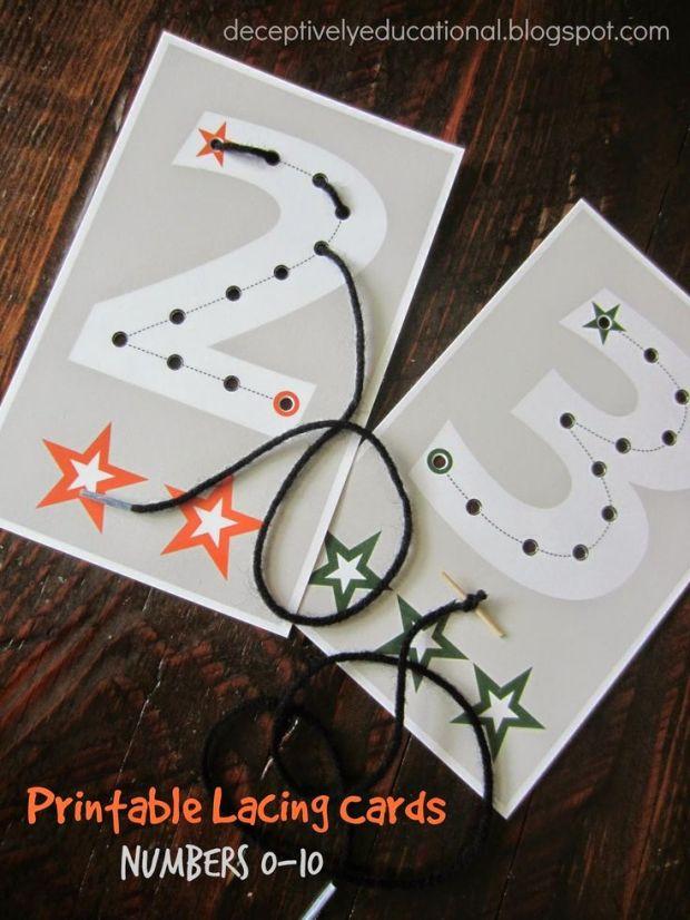 Cartes à lacer pour pratiquer les numéros en même temps. Pourquoi pas! Tiré d'un super blog: http://deceptivelyeducational.blogspot.ca/