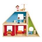 Petite maison avec meubles et personnage de Hape. 99$ chez Mère-Hélène (c'est cher parce que c'est en bois pis que la peinture est non-toxique, pis en plus c'est BEAU). Lien: https://www.merehelene.com/fr/Produit-22468-Hape-Maison-Geometrique