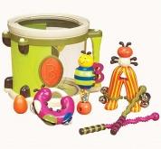 Tambour avec instruments de BATTAT pour les touts-petits dedans, clairement bon quand bébé décide de faire ses dents aussi :p 39,99$ chez Renaud-Bray. Lien: http://www.renaud-bray.com/Jeux_Produit.aspx?id=1739513&def=Tambour+Parum+Pum+Pum%2cBX1007X