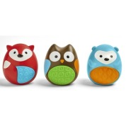 P'tits oeufs en formes cutes de Skip Hop qui font du bruit (sans piles), 12,99$ chez Well.ca Lien: https://well.ca/products/skip-hop-explore-more-egg-shaker_107206.html